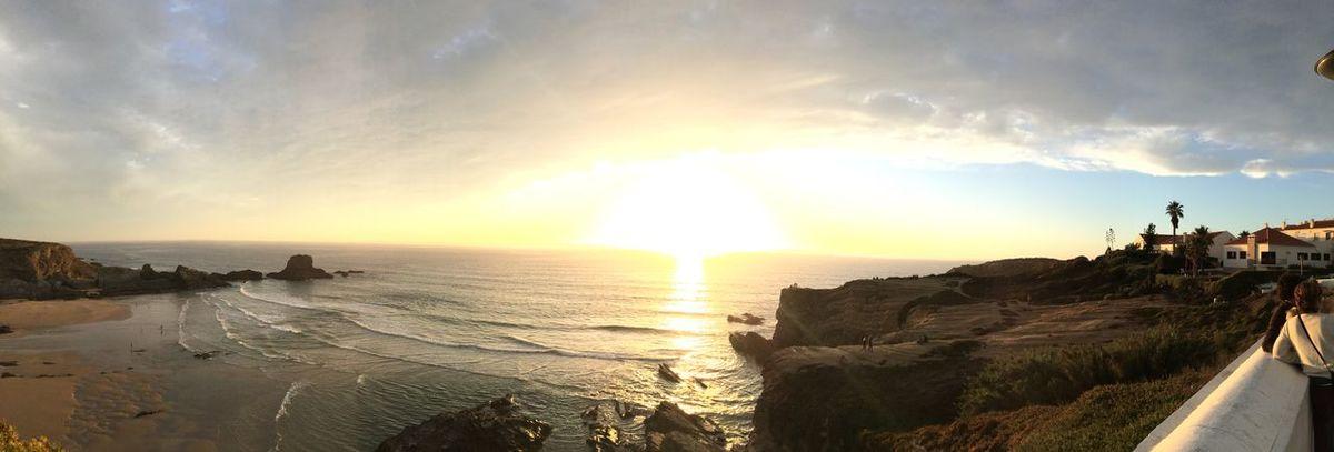 Sunset Sunset #sun #clouds #skylovers #sky #nature #beautifulinnature #naturalbeauty #photography #landscape Sea Enjoying The Sun Relaxing Swimming Being A Beach Bum Sunsetlover Zambujeira Do Mar Alentejo 🌞