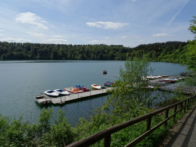 Beautiful Day Peace And Quiet Lovely Weather Enjoying The Sun Hello World Quality Time EyeEm Best Shots Enjoying Life Relaxing Hello World Check This Out Taking Photos Nature Lake Vulcano Eifel Water Germany