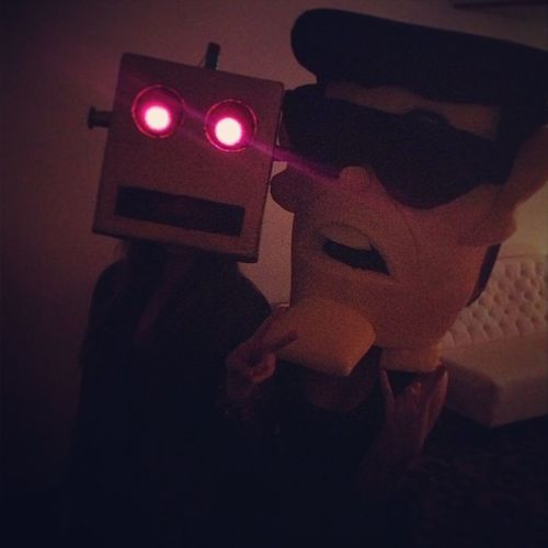 Shuffle Bot & Psy @andeern @scarlet_burelo1