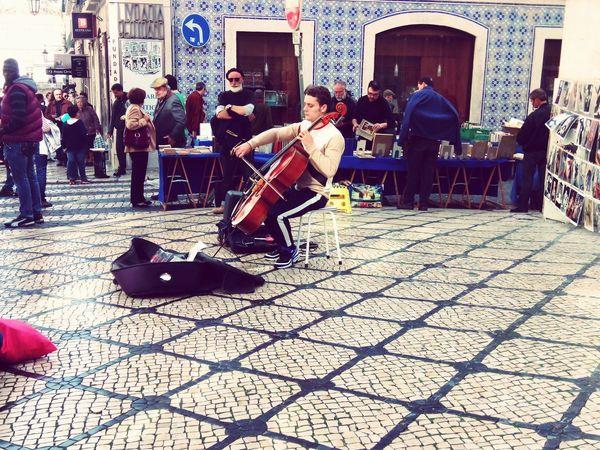 The Artist... Real People Men Architecture Outdoors Artistic Violinist Musician Instrument Lisbon Lisbon - Portugal