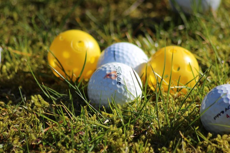 Easter Easter Egg Grass Close-up No People Outdoors Eggshell Nature Day Golf Golf Ball Golfing Easter Golfcourse Easter Eggs Grass Golfball Grassy Golf Course