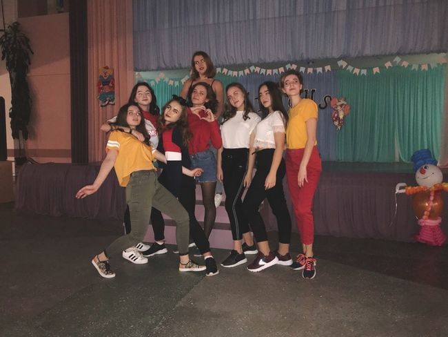 Friendship Child Young Women Full Length Sport Portrait Standing Togetherness Smiling Group Of People