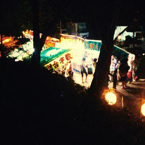 近くの神社。お祭りに集まる人たち、参道。 Festival Of Lights Festival Of Lights 2015 Jinja