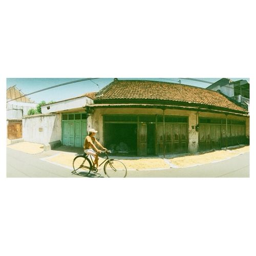 ride my bike. Streetphotography Indonesian Street (Mobile) Photographie