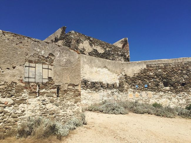 Deserted fort Bluesky Crystal Clear Explore Scorched