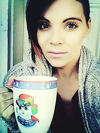 Nice slow cold win with a cup of hot cofee . My FAVORITE thing to do in fall 🍂🍃🍁 Autumn #fall FirstUpload Girl #me #eyes #lips Follow #f4f #followme #TagsForLikes #TFLers #followforfollow #follow4follow #teamfollowback #followher #followbackteam #followh First Eyeem Photo