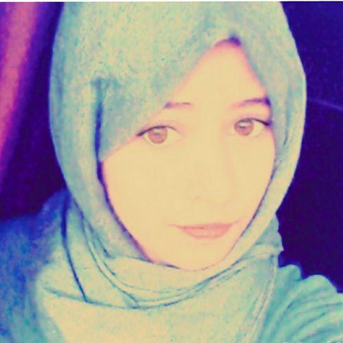 Hi! Relaxing Enjoying Life Hello World Muslimah Hijabstyle  That's Me Girl Taking Photos ♛♕♡♕♛