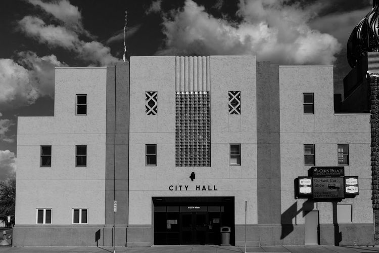 City Hall | Mitchell, SD Building Exterior Architecture Built Structure City Politics And Government Sky Architecture Outdoors City Black And White Collection  South Dakota. South Dakota Usa Bnw_captures Bnwphotography Bnw_life Bnw_society Bnw_friday_challenge Bnw_city Western America American West