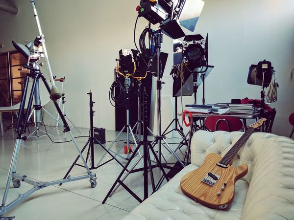 In the Studio Studio No People Day Guitar Sofa Break Photography Bestoftheday EyeEm Best Edits EyeEm Gallery EyeEmBestPics Eye4photography  EyeEm First Eyeem Photo EyeEm Best Shots Communication Music Relax White Check This Out Close-up Indoors  Italy Room Musician Lieblingsteil