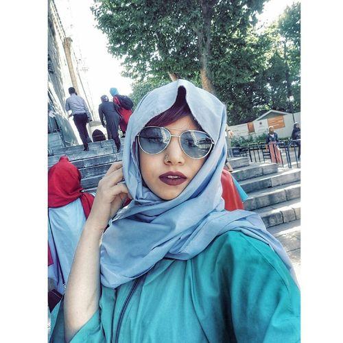 Yakıştı sanki 😉 Sultanahmet Sultanahmetcamii Istanbul Istanbul Turkey One Young Woman Only Only Women
