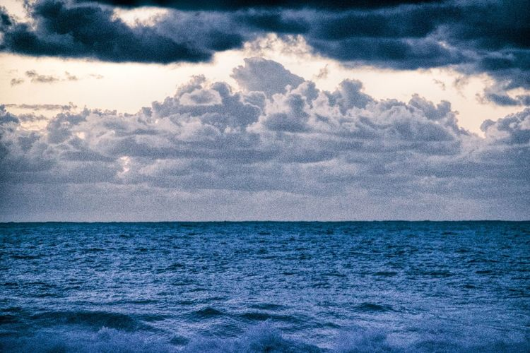 Beauty In Nature Cloud - Sky Day Grainy Grainy Effect Horizon Horizon Over Water Idyllic Nature No People Outdoors Scenics Sea Sky Tranquil Scene Tranquility Water Shades Of Winter