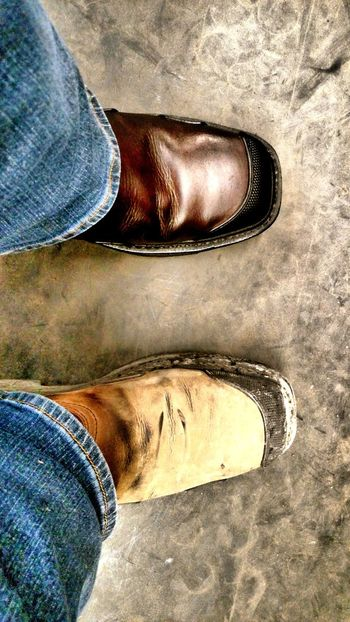 Kinda slow at work so I did some boot maintenance. A little before and after shot Steel Toe Boots Leather Boots Ariat That's Me Coal Burning Power Plant Welding Check This Out Christian Kustomz