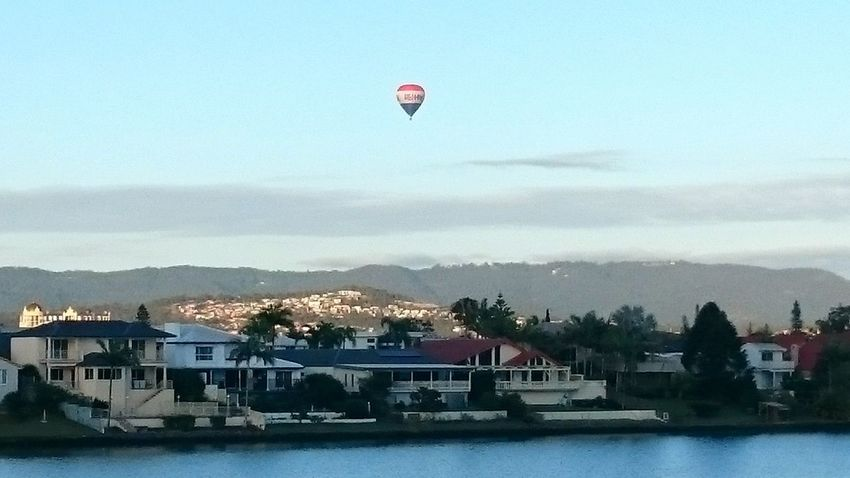 Benowa Baloon Ride Hanging Out Balloons Hot Air Balloons Balloonride GoldCoast Goodmorning :)