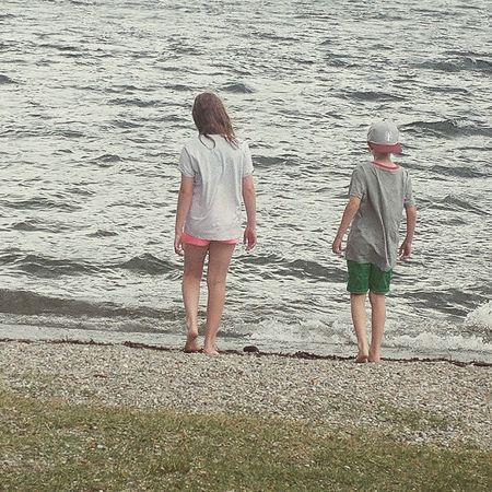 Togetherness Vacations Summer Rear View Outdoors Lake Lakecomo Family Fun Friendship