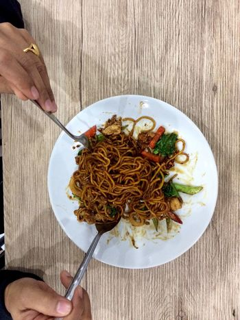 Human Hand Human Body Part Pasta Plate Food Ready-to-eat Holding Meal Women Table Noodles Spaghetti Freshness People Fresh And Clean Hungry Vegetable SEAFOOD🐡 Delicious ♡
