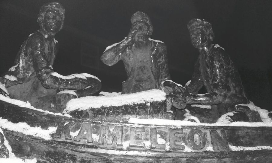 Kameleon in the snow. No People Outdoors Cold Temperature Snow Winter Black And White Blackandwhite Photography Close-up Statue Kameleon Boat Children's Book Illustration Children's Books