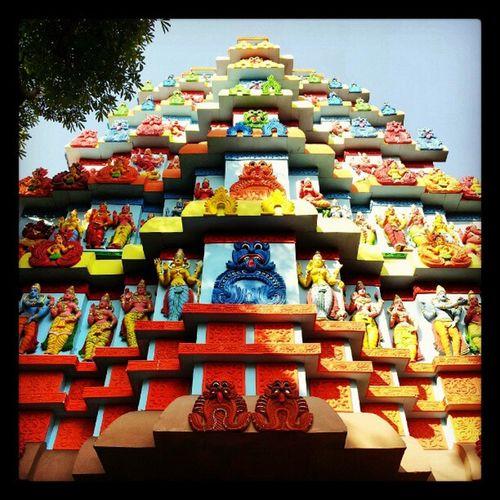 Durga Puja Pandal at Singhee park Calcutta calphototours eisamay