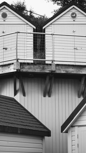 hiys Photowalktheworld Wood - Material Architecture Building Exterior Built Structure Roof Tile Chimney Shutter
