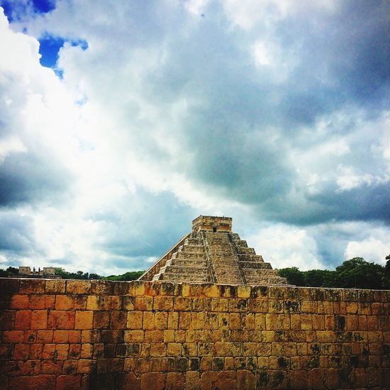 Wouldn't you see type of photo in a commercial Chichenitza Cloud My Favorite Place The Architect - 2017 EyeEm Awards