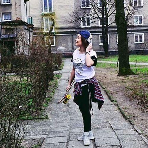 @srodowisko_miejskie Landi Landroses Blogger Fashion Style Look Mua Happy Smile Street Family Poland SM Srodowiskomiejskie Girls Yo 🐨