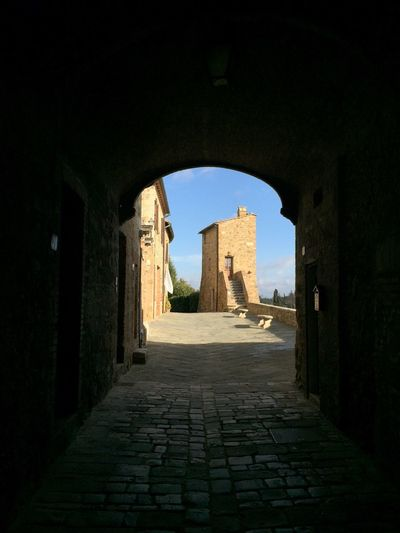 Tuscany Toscana Built Structure Architecture History Arch Entrance Archway The Past Ancient Sunlight