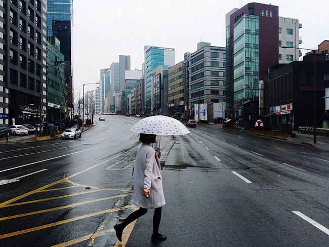 Open Edit Street Photography EyeEm In Seoul Crossing The Street Fresh 3 Walk This Way Umbrella Rainy Days EyeEm Best Shots