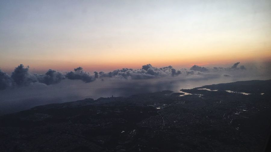Sunset Sky Tranquility Malta Plane View Nature Paysage Beauty In Nature Fog Scenics Mist Tranquil Scene No People Landscape Hazy  Outdoors Mountain Winter Water Cold Temperature Day Malte Plane View