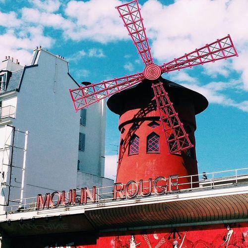 Moulinrouge Paris France Caberet travel latepost