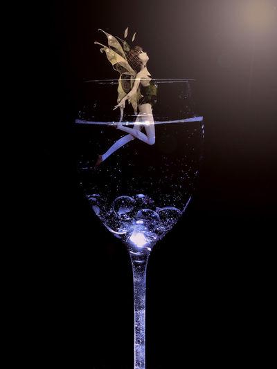 "Elfe im Glas..... First Eyeem Photo"" Fotografia Foto Studio Shot Phantasy Photography Light And Shadow Abstact Elfen Und Feen 🌸 Licht"