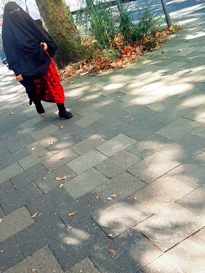 Portrait Portrait Of A Woman Portrait Photography Portrait Collection Burkha People Walking  Woman Walking Woman Portrait City Life City Street Street Life Street Photography People Photography People_collection My City Sunny Day Lifestyles Walking Galaxy S7 Edge