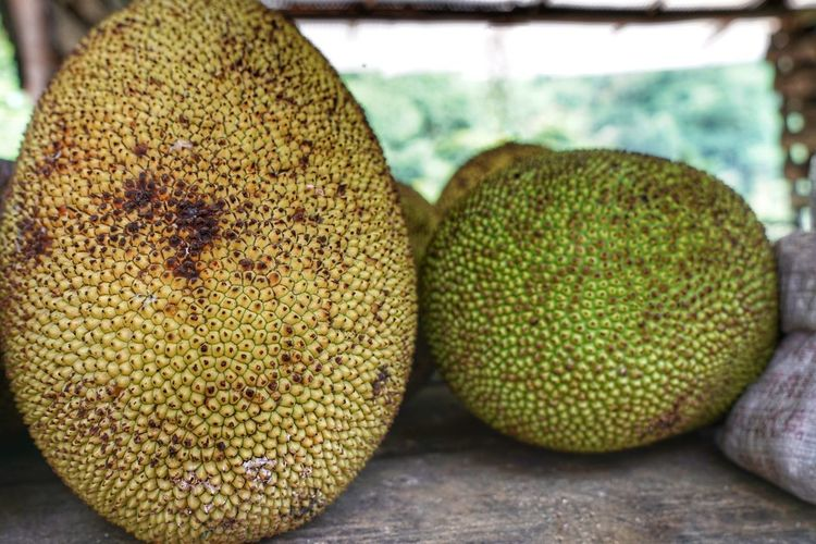 Healthy Eating Food Fruit Close-up Food And Drink No People Wellbeing Freshness Focus On Foreground Still Life Day Outdoors Ripe Natural Pattern Textured  Tropical Fruit Table Rough Yellow