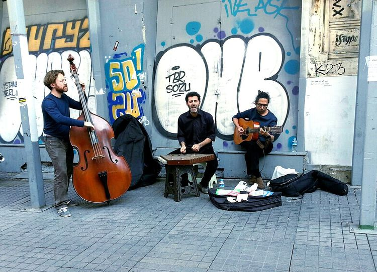 Musical Instrument Musician Guitar Guitarist Music Istanbul Beyoğlu Istiklal Caddesi Türkiye Blue 3XSPhotographyUnity