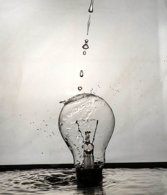 light bulb Bulb Bulbphotography Close-up Concentric Drop Impact Ligth Motion No People Splashing Water