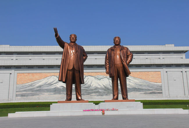 Kim Il Sung Kim Jong Un North Korea Pyongyang Statue Sculpture Propaganda Conflictzone North Korea Photos Kim Jong Il Politics And Government Conflict No People DMZ, North Korea, South Korea Communism Pyongyang Architecture Pyongyang Streets Government Socialism ASIA Politics Juche Men Architecture Dictator