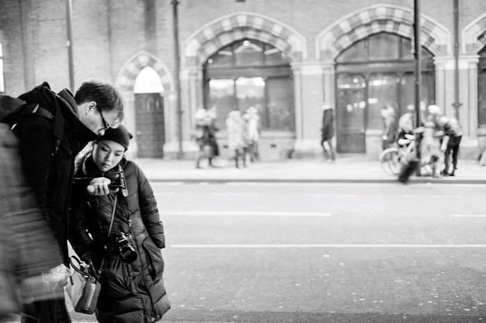 The Tourist London Seeing The Sights FUJIFILM X-T1 Black And White Streetphotography