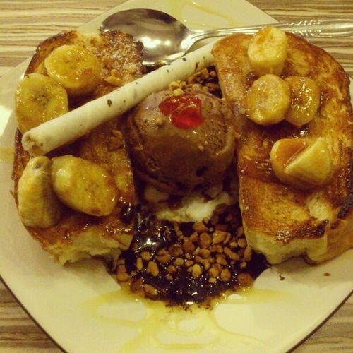 Ngemil taim :) @regalocorner Kuliner Bandung Food INDONESIA Lenovotography Photophone  Lzybstrd