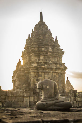 Statue in Prambanan Temple in Indonesia Prambanan Prambanan Temple Prambanan Temple, Yogyakarta PrambananTemple PRAMBANAN TEMPLE RORO JONGGRANG INDONESIA Java Architecture Built Structure Religion Building Exterior Place Of Worship Spirituality Belief Statue Sculpture History The Past Art And Craft Travel Destinations Building Human Representation Representation Tourism Day No People Outdoors Ancient Civilization Carving