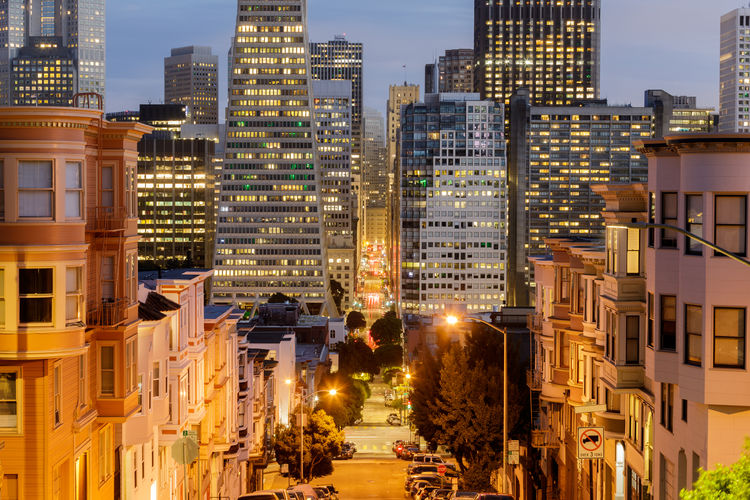 San francisco financial district via russian hill
