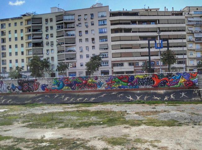 Arte Urbano en El Soho, Málaga Colour Of Life Malaga Movilgrafias Streetphotography EyeEm Gallery Eyeemphotography Hello World CostadelSol Streetart Grafiti Arteurbano HuaweiP8