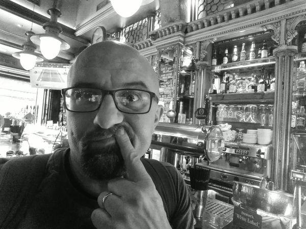Why I Always stay in a pub? Drink Pub Barcelona