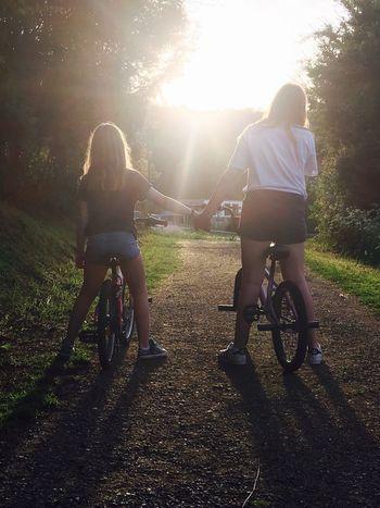 Sisters love❤️