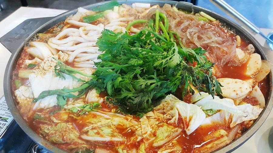 압구정 두레국수South Korea Close-up Food Apgujeong Gopchang Seoul South Korea Korean Food