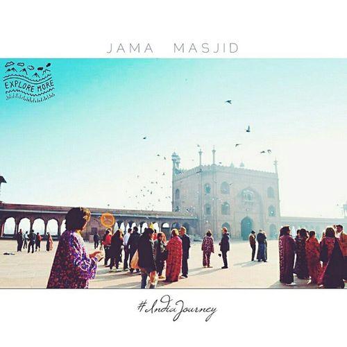 C O U R T Y A R D - J A M A - M A S J I D IndiaJourney India Incredibleindia Incredibledelhi Indiapictures Indiaphotos JamaMasjid Olddelhi Delhi Puranidilli
