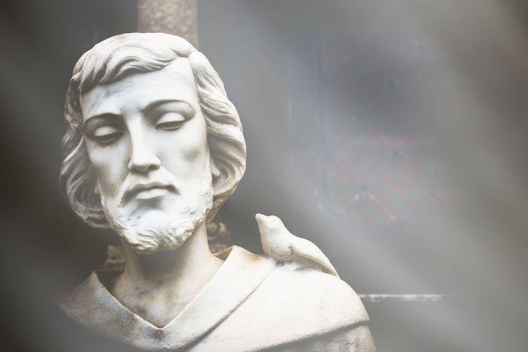 We2 Saint