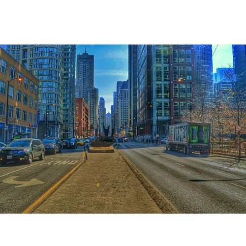 Lasalle. Chigram Chicagoshots Igerschicago Chicago D5100 wuchicago lasalle editing snapseed nikon D5100 downtown chicago