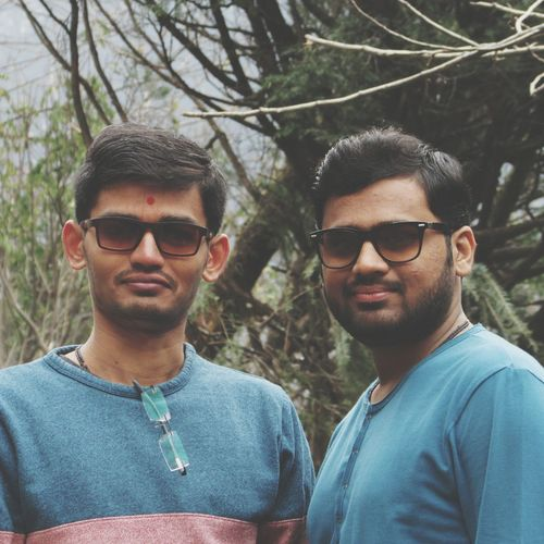 Sunglasses Mid Adult Men Mid Adult Looking At Camera Togetherness Portrait Casual Clothing Two People Eyeglasses  Outdoors Smiling Lifestyles Vacations Imphotographer Impictures ImPrashant Handsome ImPHOTO Connected By Travel