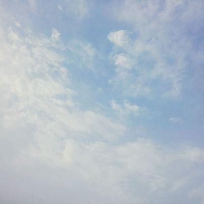요즘 들어 너무 덥네요 :( 더워서 잠도 안오고 Sky Summer ☀