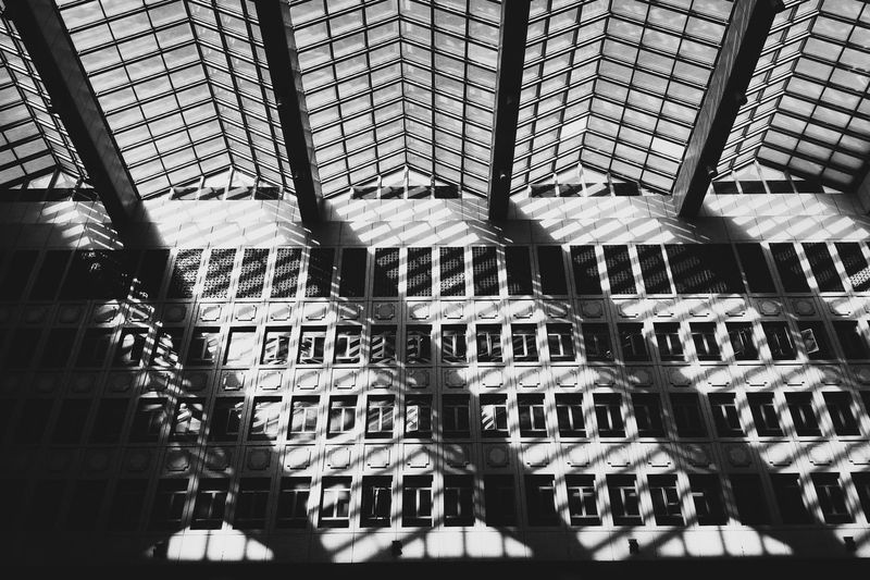 Beautiful texture and elements at Taipei Main Station. Taipei,Taiwan Vscocam EyeEm Gallery Eyemphotography Blackandwhite Blackandwhite Photography Train Station EyeEm Taiwan The Week On Eyem Streetphotography Check This Out PhonePhotography Amazing_captures The Architect - 2016 EyeEm Awards Architecture Architecture_collection