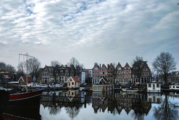 Lovely Amsterdam Sky Water Architecture Outdoors Netherlands Amsterdam Amsterdam Canal Amsterdamcity Canals Dutch Architecture Boat Boathouse Citylandscape NewEyeEmPhotograph EyeEmNewHere