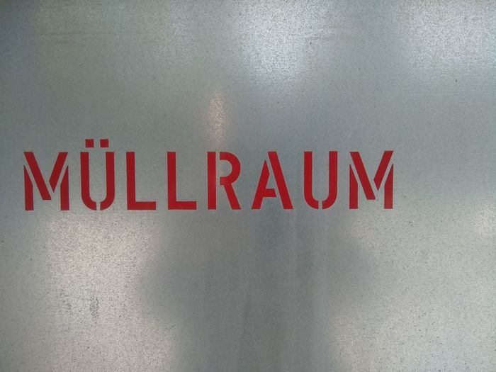 Sign Backgrounds Red Müllraum Mist Waste Close-up Full Frame Text